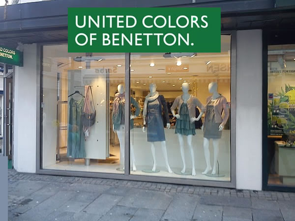 SCHAUFENSTERPUPPEN BENETTON